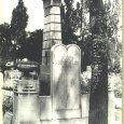 A mosonszentmiklósi és lébényi munkaszolgálatosok emlékműve a rákoskeresztúri zsidó temetőben